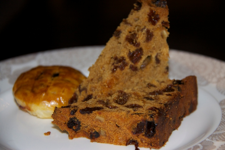 Intercontinental Westminster fruit cake and eccles cake