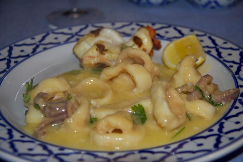 Fishmarket Squid