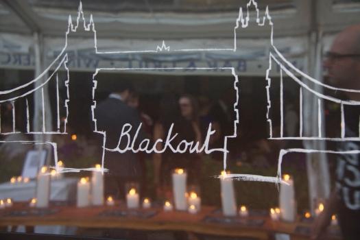 Blackout Mirror