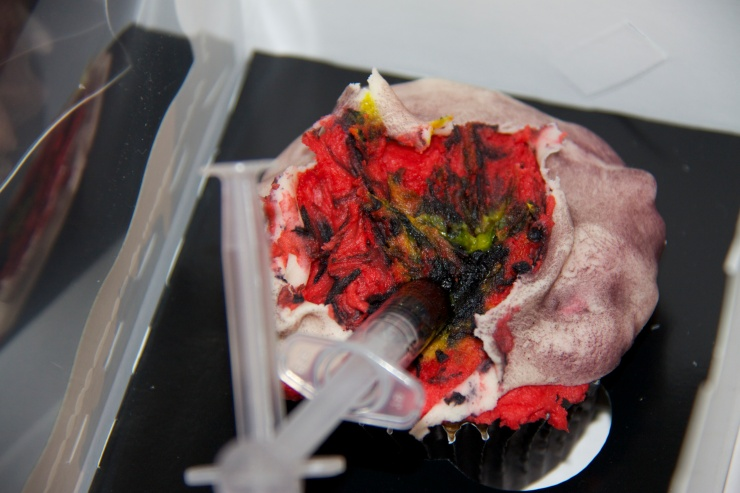 Syringe cupcakes