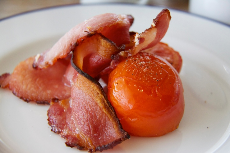 Smoked bacon and tomato