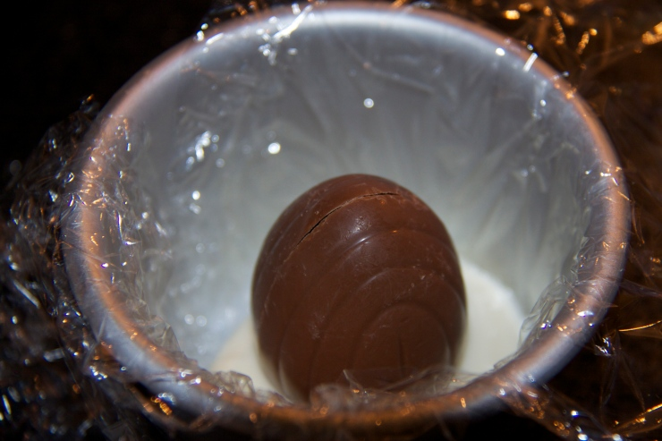 Custard to steady the Creme Egg