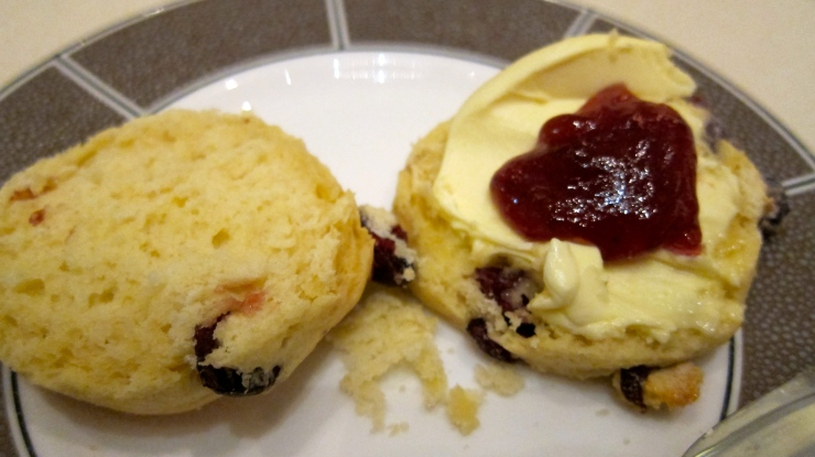 Scones with jam & cream