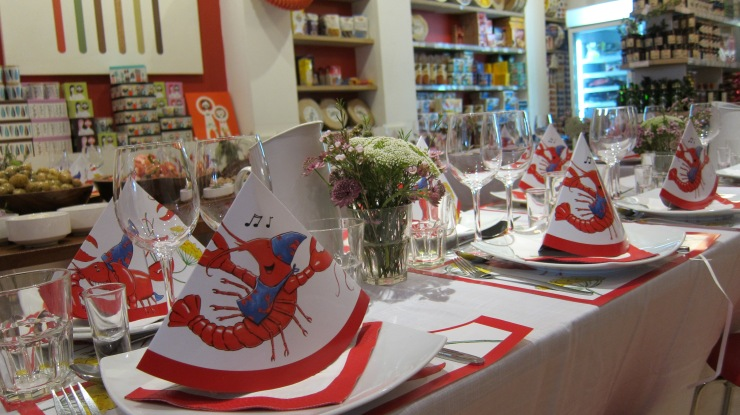 Crayfish Party Table