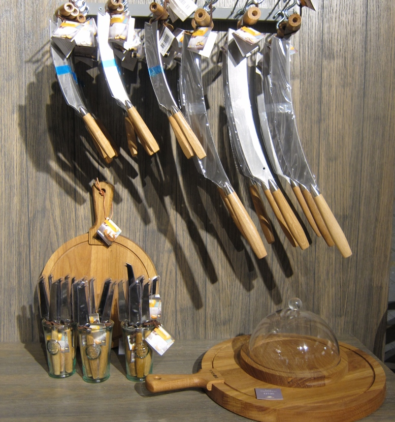 Cheese Knives, Castello Pop Up
