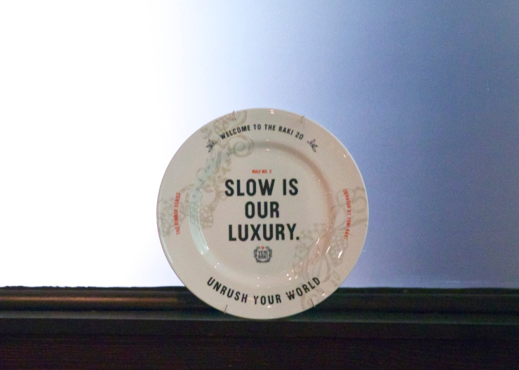 Dine Slow plate