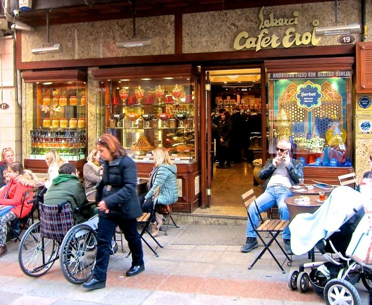 Cafer Erol, Istanbul
