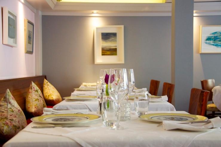 Interior, Finn's Table, KInsale