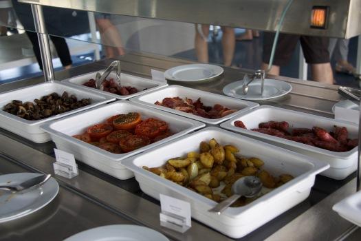 Breakfast, The Oitavos