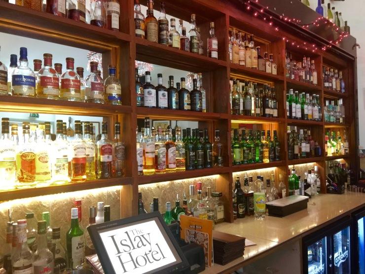 Islay Hotel, Bar
